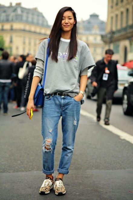 Casual style boyfriend jeans