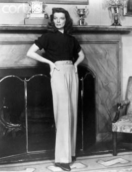 Catherine Hepburn in pantaloni stilul Marlene Dietrich - atat de eleganti si feminini!