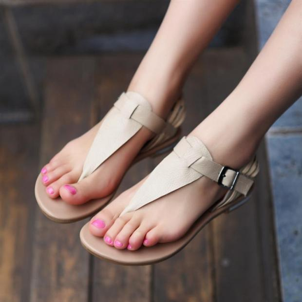 Hot-selling-2013-new-casual-bohemia-flat-sandals-women-s-leather-buckled-flip-flops-sandals-free