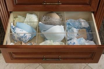 Separa sertarul, vei gasi mai usor sutienul bej cu push-up