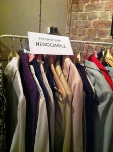 Yard Sale - revinde-ti hainele vechi sau fa schimb