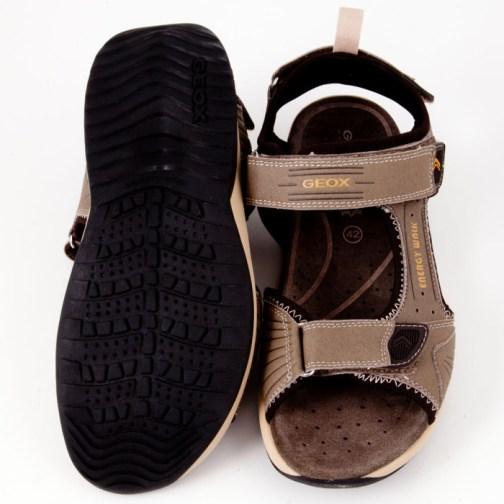 Sandale cu arici