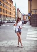 Pantofii albi - manevra vestimentara de vara