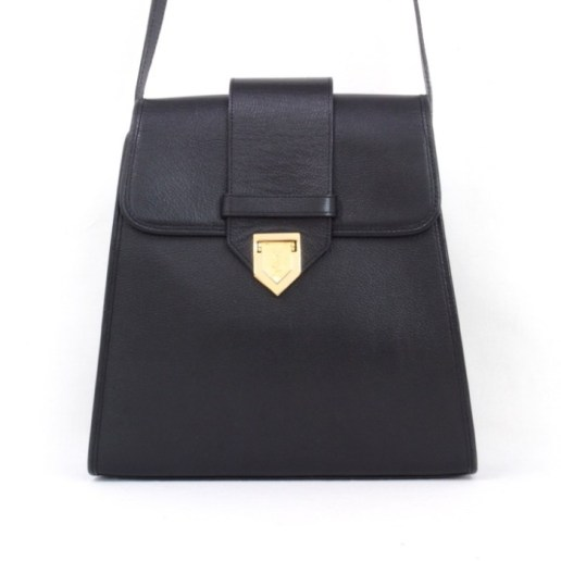 Trapezoid bag