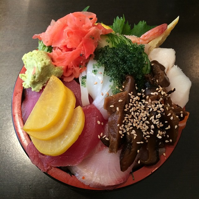Now this is how chirashi should look :)