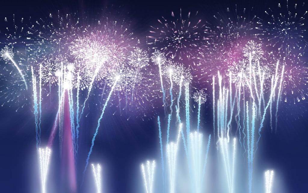 Sarbatoare cu artificii pentru deschiderea GSMRoShop.ro