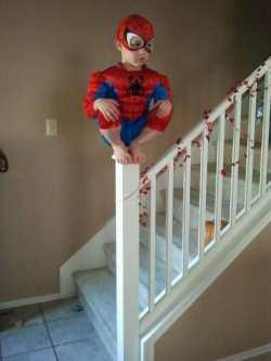 Costum spiderman de Halloween