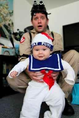 Primul Halloween al unui bebelus