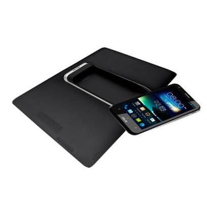 Asus PadFone 2 smartphone si tableta
