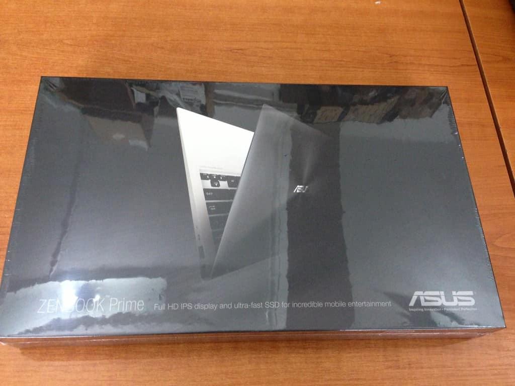Cutie Asus ZenBook Touch 1