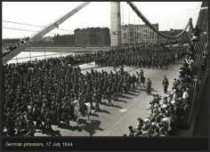 rare-historical-photos-from-world-war-ii-37