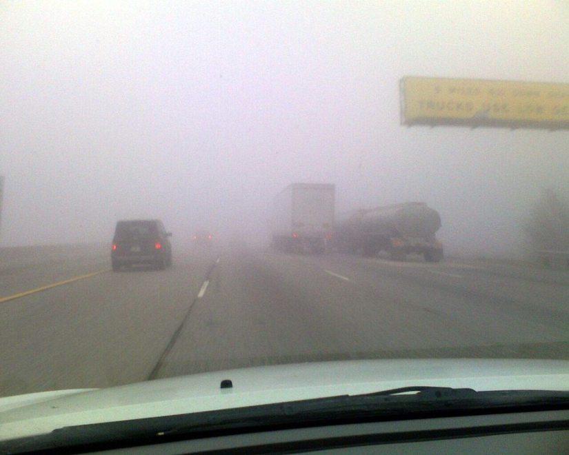 Nu aprinde proiectoarele de ceata