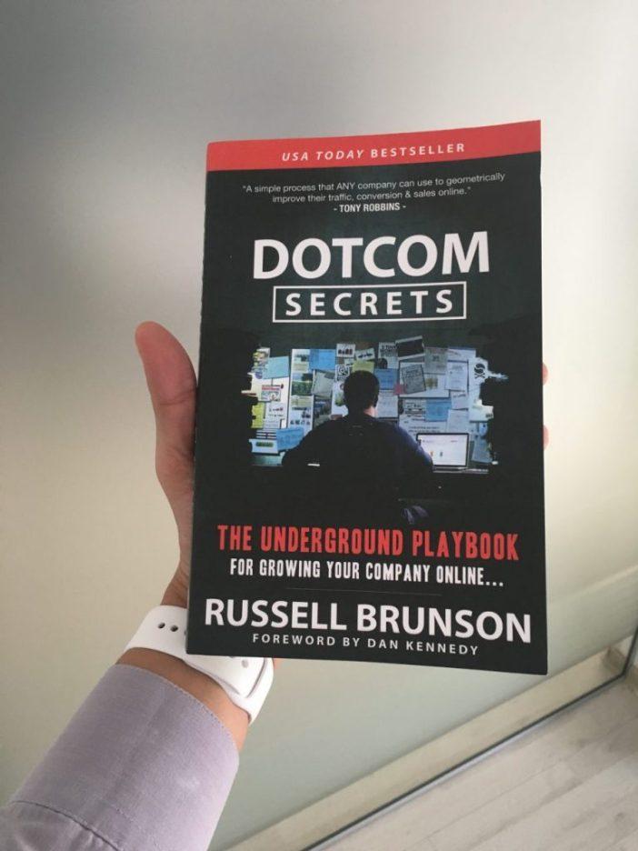 Cartea DotCom Secrets
