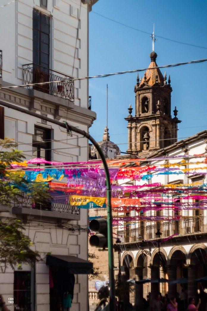 Recorrido arquitectónico en zona de San Juan de Dios, realizado por CentroMx