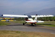 Residentes argentinos del CPV: Aero Boero 180 CC-KWD y Stearman 75 CC-KWZ (foto: Carlos Ay).