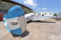 Si bien el C-45 ha recibido la matrícula LV-123 todavía conserva sus marcas navales. (Foto: Esteban Brea)