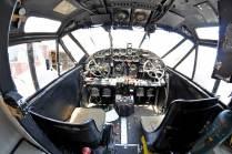 A pesar del paso de los años el C-45 todavía conserva su cabina e interiores originales. (Foto: Esteban Brea)