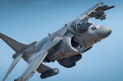 La Armada Española utiliza el polígono con cierta frecuencia a lo largo del año para adiestrar a sus pilotos de Harrier II en misiones de ataque a suelo (foto: YFC Photography)
