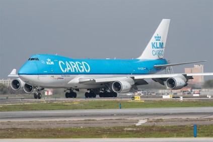 KLM opera vuelos de carga puros a SCEL como el B-747-406ERF PH-CKB (foto: Gabriel Luque).