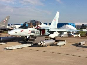 El Yak 130 en version de ataque ligero (foto: Rostec)