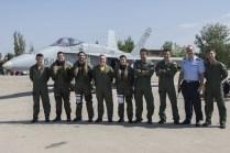 Componentes del Ala 15 dando la bienvenida (foto: José Luis Franco Laguna)