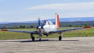 Un clásico que no podía faltar a la llegada de los Texan II: Uno de los dos Beech Mentors que la FAA mantiene en servicio en el Centro de Ensayos en Vuelo (foto: Sebastián Borsero).