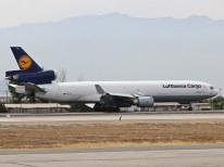 Mc-Donnell Douglas MD-11, D-ALCE, de Lufthansa Cargo es visitante habitual esta época del año (foto: Luis Quintana)
