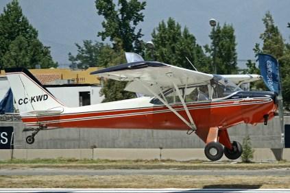 El Aero Boero 180RVR CC-KWD (c/n 0551/E) aterrizando luego de una salida de remolque de competidores (foto: Carlos Ay).