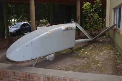 Una rareza vista en esta oportunidad, fuselaje del UAV Nostromo Cobra. (Foto: E. Brea)