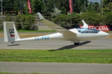 """Alex Chanes (Chile) se ubicó en el quinto lugar con una puntuación de 18. Su planeador era el Schempp-Hirth Ventus 2cT matrícula CC-PQZ, número de competencia """"QZ"""" y c/n 62/197 (foto: Carlos Ay)."""