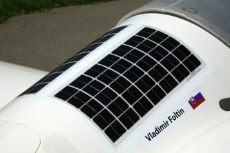 Paneles solares en el dorso del LS10 de Vladimir Foltin (foto: Carlos Ay).