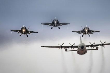 Desfile aéreo (foto: José Luis Lezg)