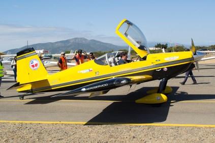 RV-8 llegando por calle Alfa hacia el sector de exhibición de aeronaves en estático (foto: Javier Vera Martínez/La Serena Spotting).