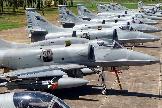 ¿Cuántos aviones militares le quedan a la República Argentina?