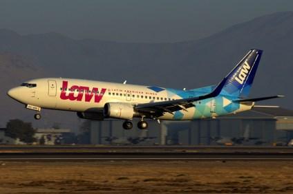 El CC-ARQ aterrizando a primera hora de la mañana en un vuelo proveniente de Concepción/Carriel Sur en abril de 2017 (foto: Carlos Ay).