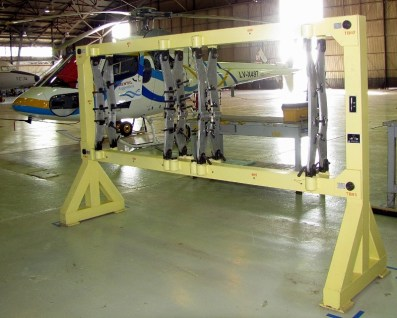 CZ-11 Pampero tail unit mounting jig (photo: Diego Rojo).