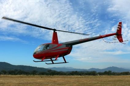 Swiss-style Robinson: R-44 Astro II CC-PZW (photo: Carlos Ay).