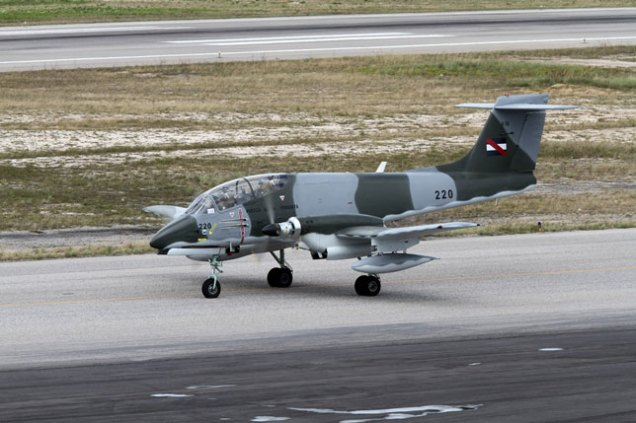 FAU IA-58 taxiing out (photo: Ronald de Roij)