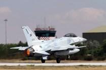 UAE´s F-16E. (photo: Ronald de Roij and Peter Kooijman)