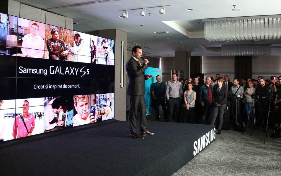 Galaxy S5 oficial lansat