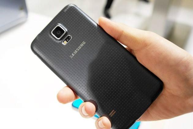 precomenzi pentru Galaxy S5
