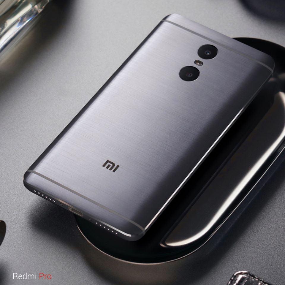 Xiaomi lanseaza Redmi Pro