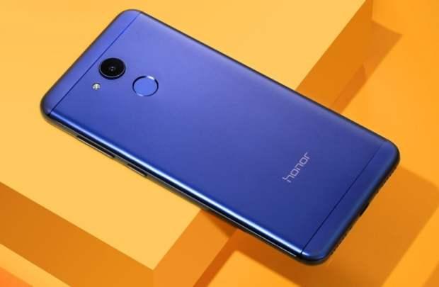 Huawei lanseaza Honor V9 Play
