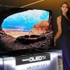 サムスン、有機ELテレビへの投資中断 販売不振