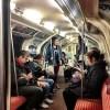 電車の中でのスマホいじり率高過ぎだろ・・・・