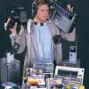 デジカメ、ビデオカメラ、携帯型ゲーム機、PC、DAP…あらゆる市場がスマホに食い尽くされる