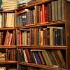 おっさん「若者は電子本を読むが、書棚に本がないのは寂しいだろ、自分が生きた証を残したくないのか」