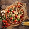 ガシャーンガシャーン、ピザ空輸ロボットだよ。動かないデブに美味しいピザを与えるスゴい奴だよ