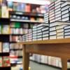 お前ら本はどこで買ってるの? ネット通販をよく使うのは40-50代、10代の8割は書店という結果に