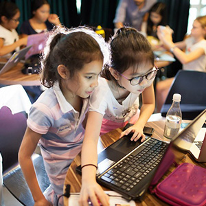 best-programming-classes-for-kids-first-code-academy-091215